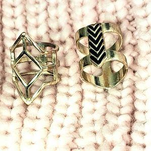 2 GEOMETRIC CHEVRON RINGS